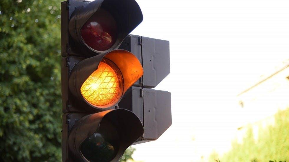 Feu de signalisation orange
