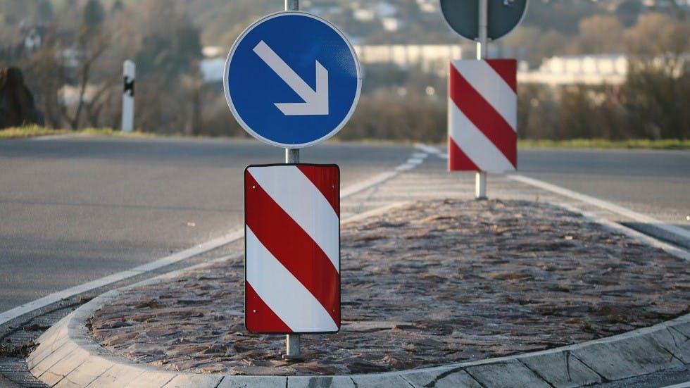 Ilot de separation du traffic hors agglomeration