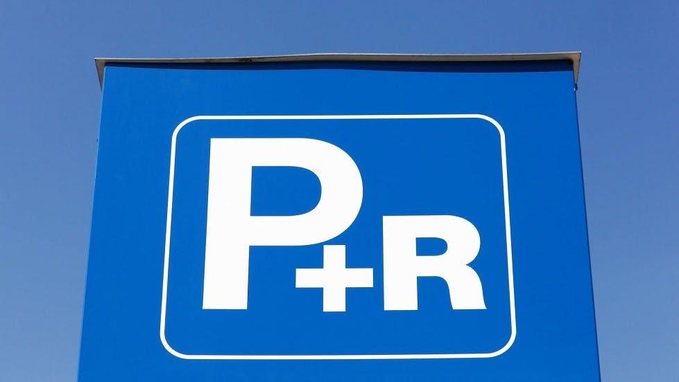 Exemple de signalisation dediee aux parcs relais