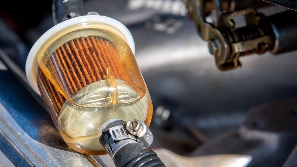 Filtre a carburant d'un vehicule motorise