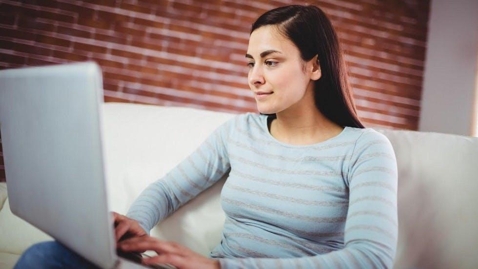 Candidate realisant un changement d'auto-ecole sur internet