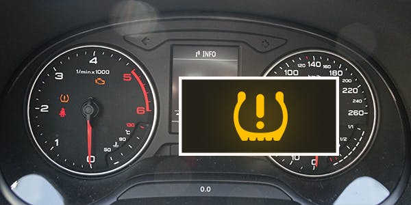Voyant de pression des pneus et tableau de bord