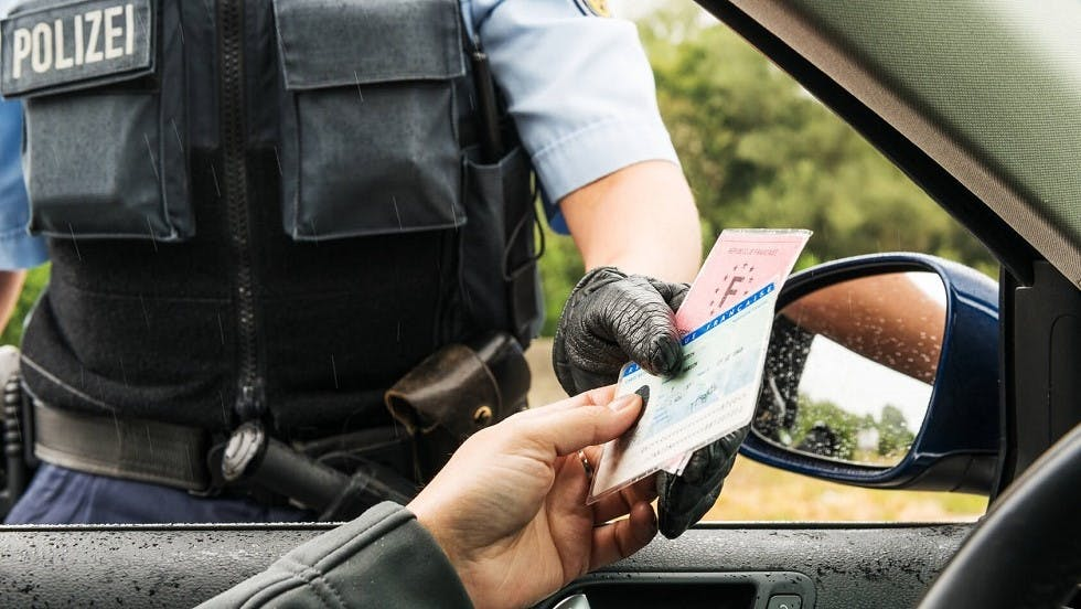 Usager francais controle par un policier allemand