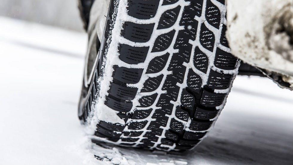 Bande de roulement de pneus hiver