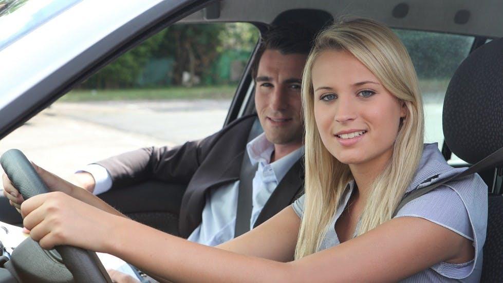 Candidate au permis suivant sa formation en conduite accompagnee