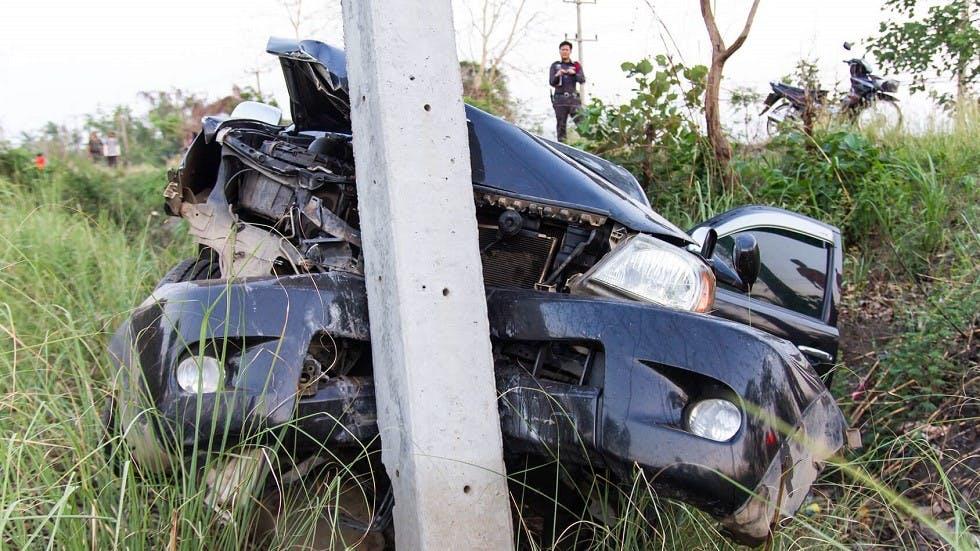 Etat d'une automobile apres avoir percute un obstacle