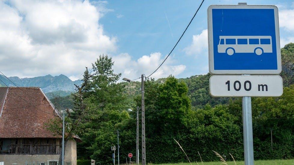 Panneau d'indication d'arret de bus