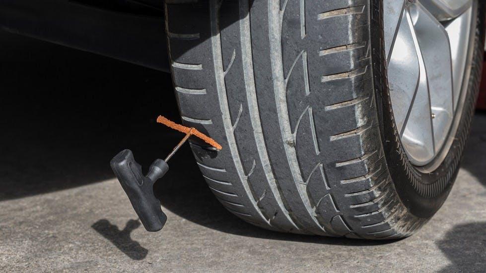 Kit de reparation d'un pneu run on flat