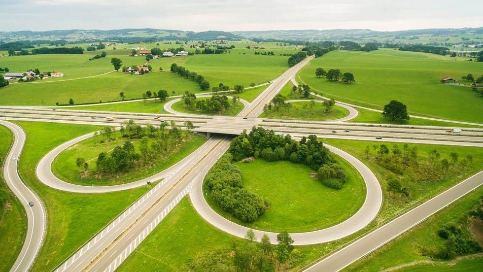 Echangeur en trefle des autoroutes