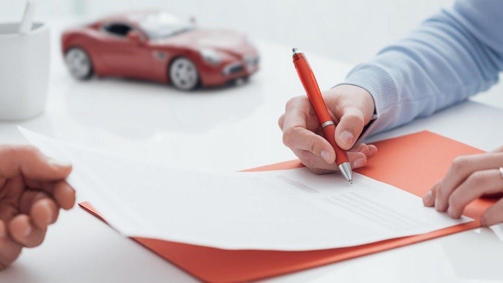 Signature d'un contrat d'assurance