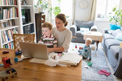 [LIVE] Praca zdalna z dziećmi