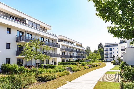 [LIVE] Czy będzie trudniej o mieszkanie na kredyt?