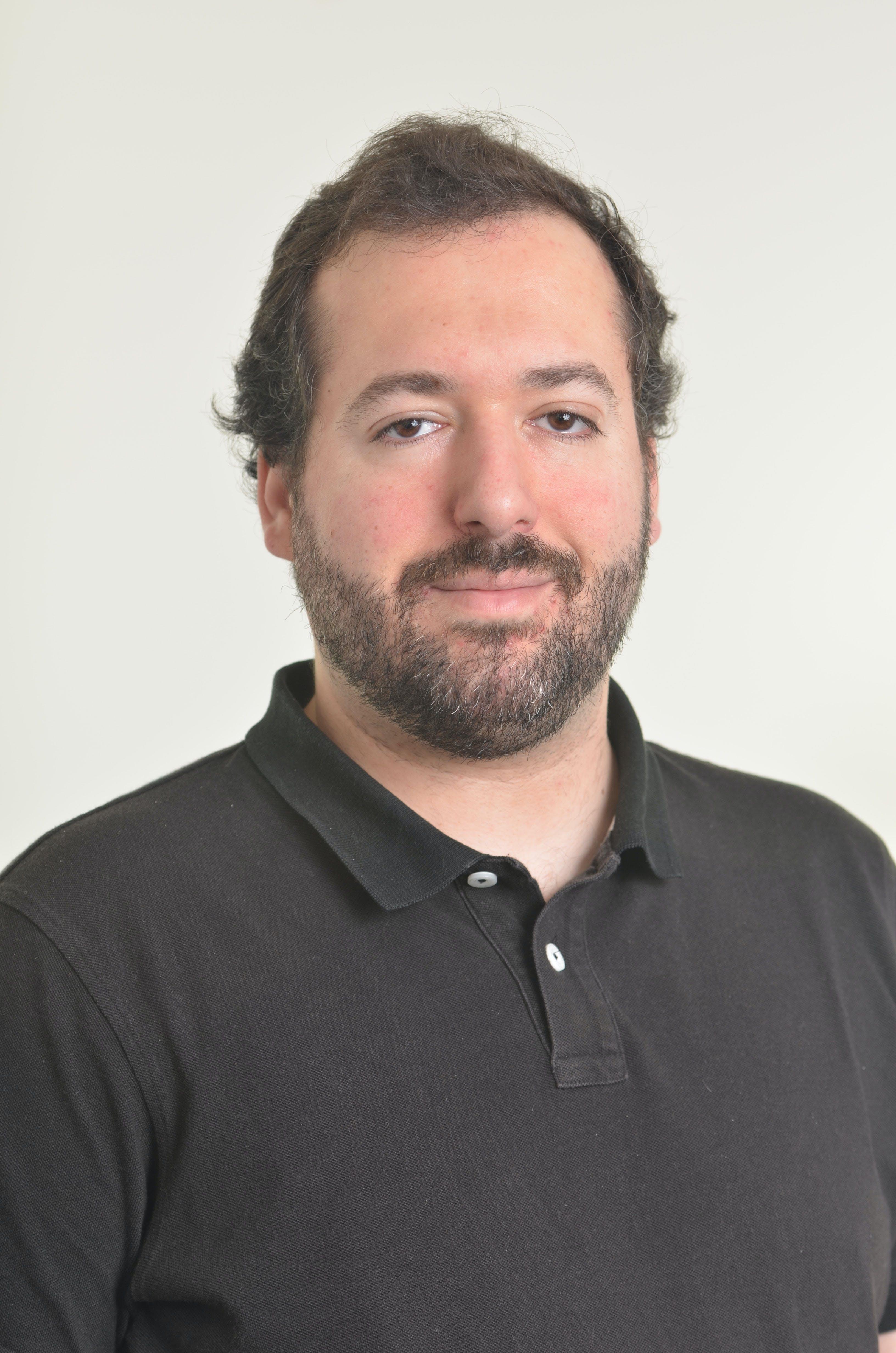 Image of Dr Francisco Iniesto