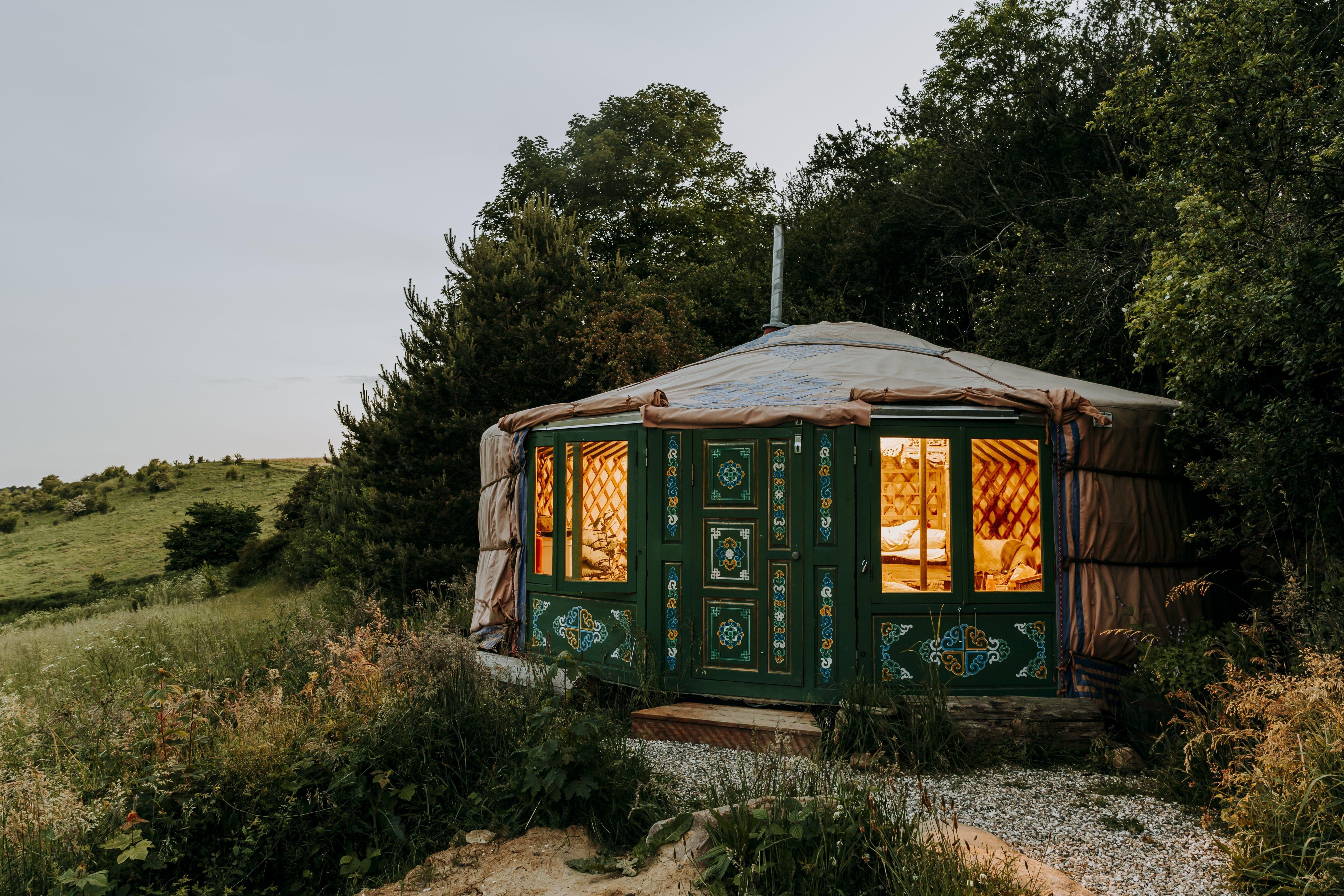 En unik glampingupplevelse med övernattning mitt i Danmarks natur