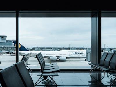 Frankfurt airport, Dennis Gecaj on Unsplash