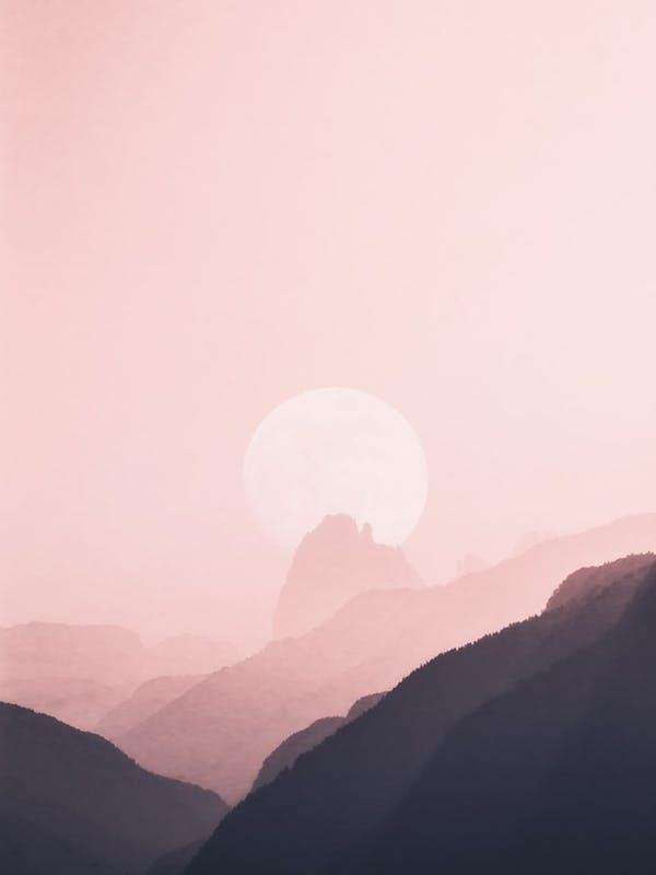 La luce sulle vetta all'alba