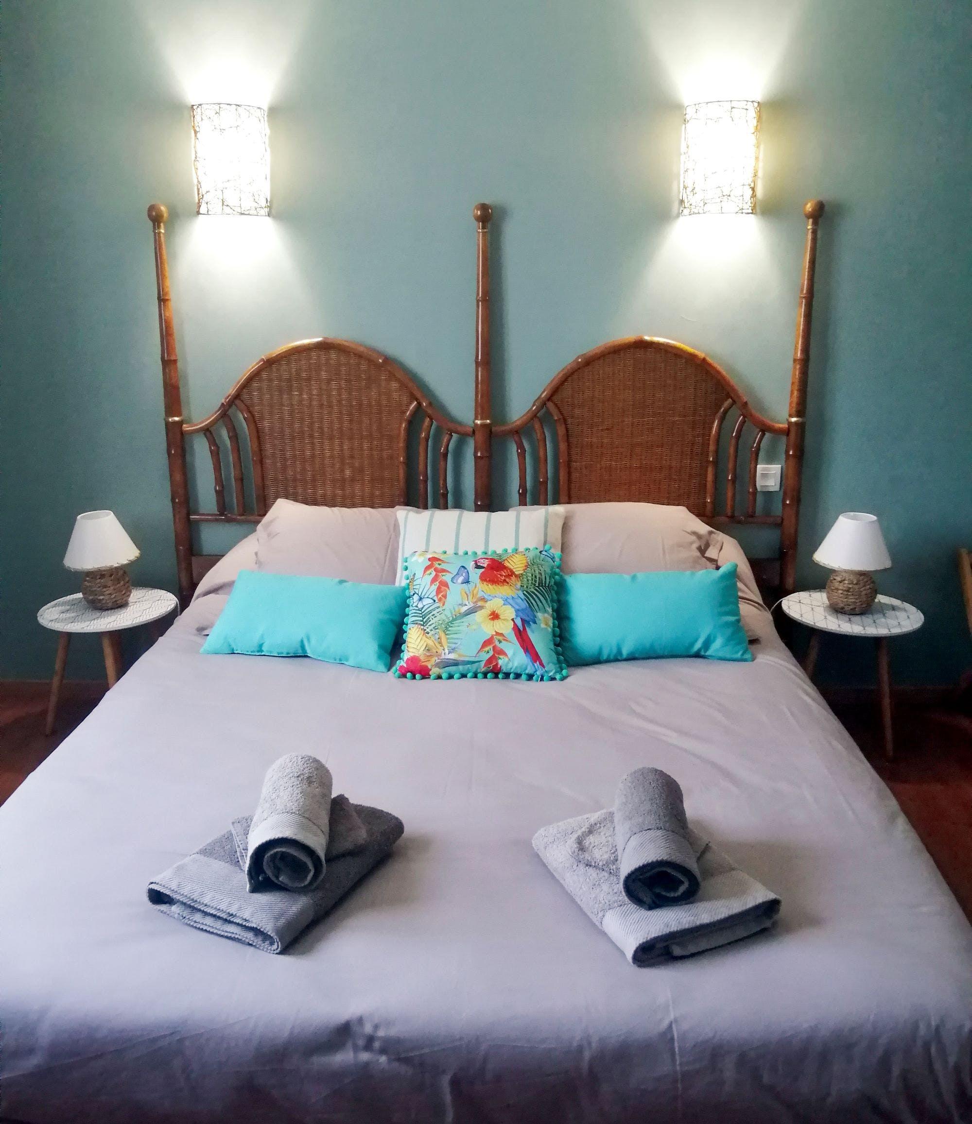Lit double de la chambre Embruns de Bali
