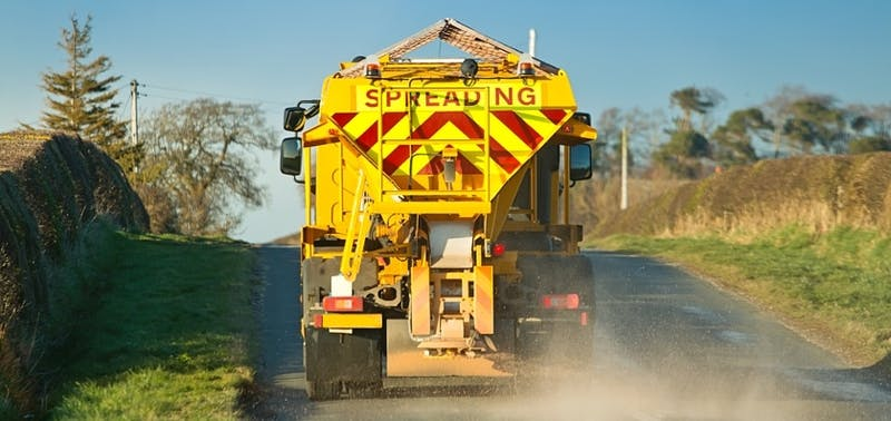 Lorry gritting roads near Gatwick Airport