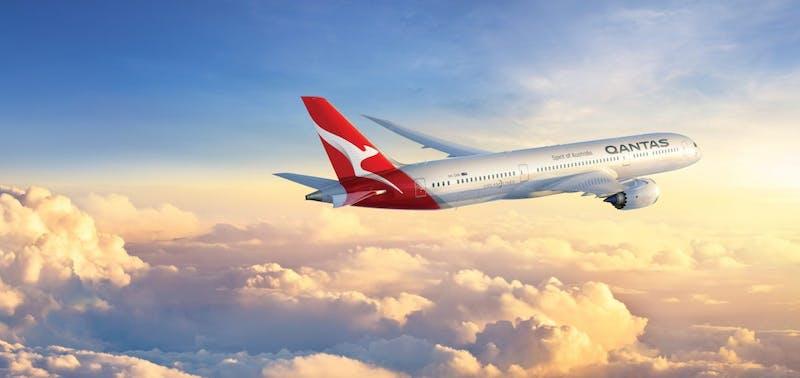 Qantas Jet Flying