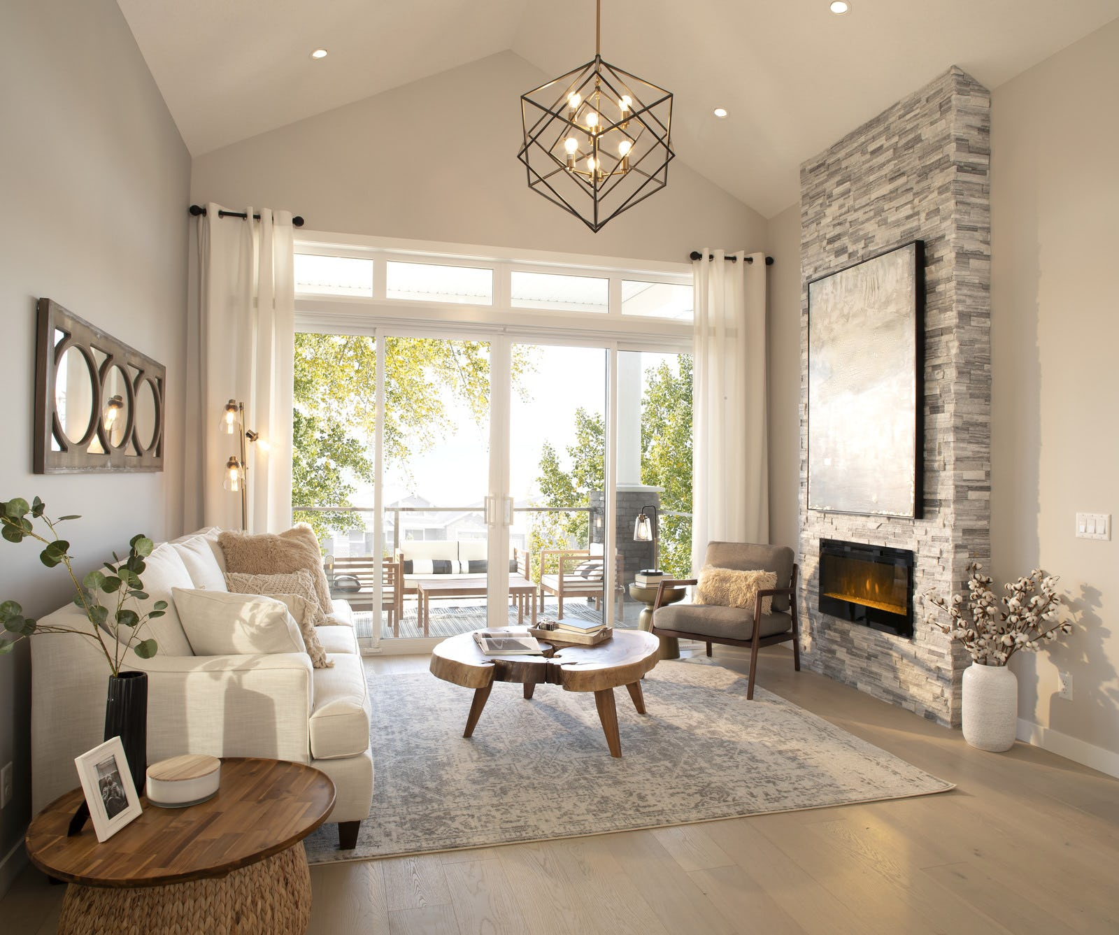 Bright living room with fireplace