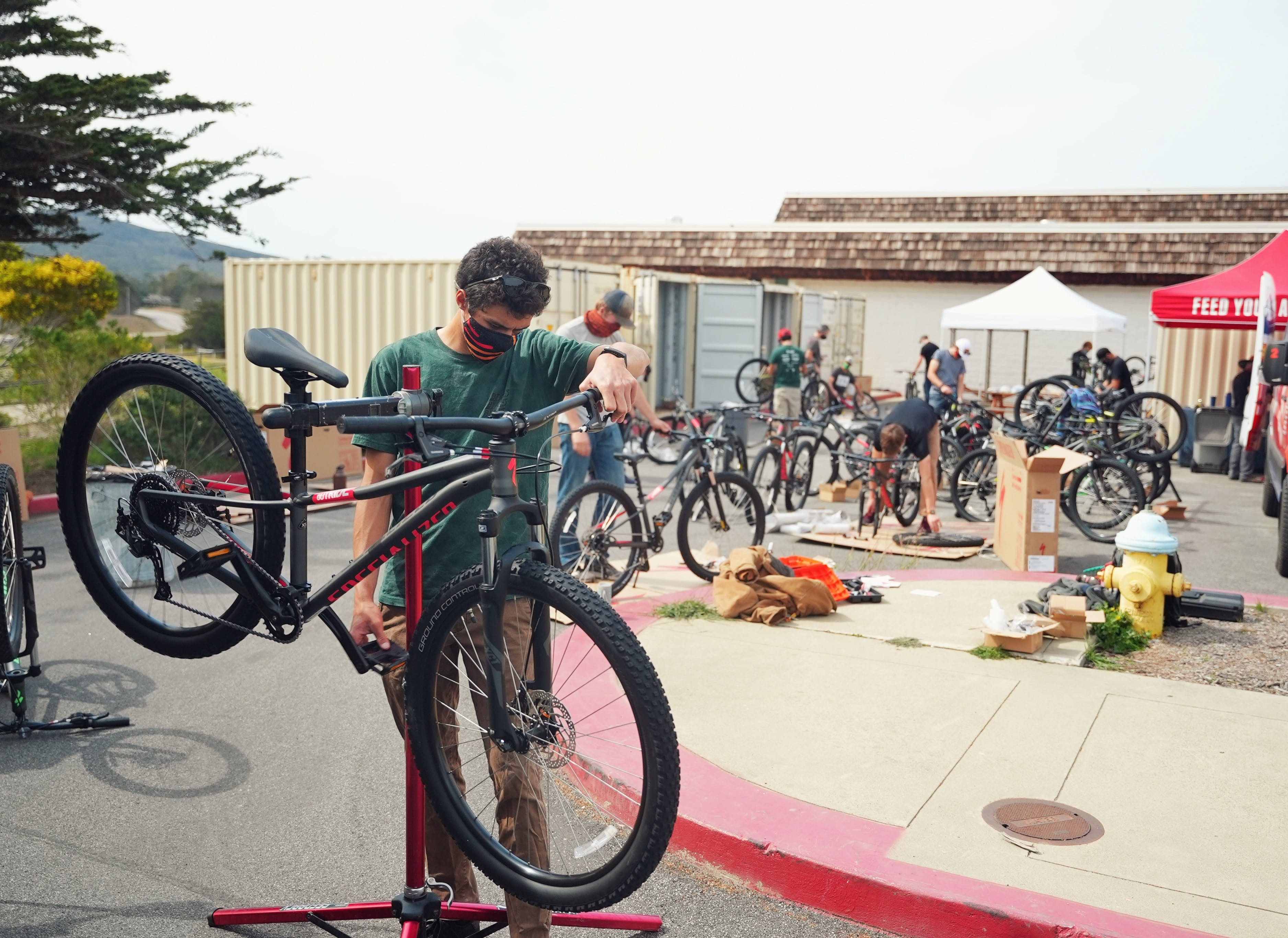 Building fifty one bikes for Los Osos Middle School's Outride Riding For Focus program. Credit: Outride.