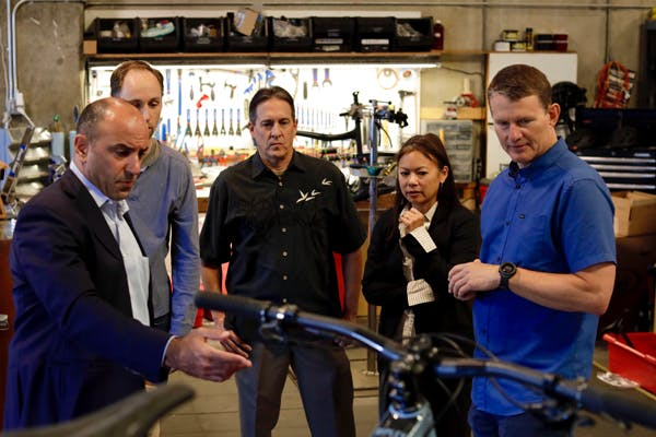 (Left to right) Congressman Jimmy Panetta (CA-20) meets with Colin Hughes, Preston Sandusky, Roxy Lo, and Hans Heim at Ibis Cycles. Source: Scott Belliciti, Ibis Cycles