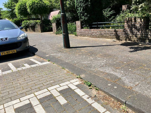 An example of a Dutch speed hump