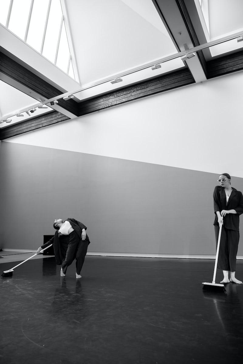 Performance 43
