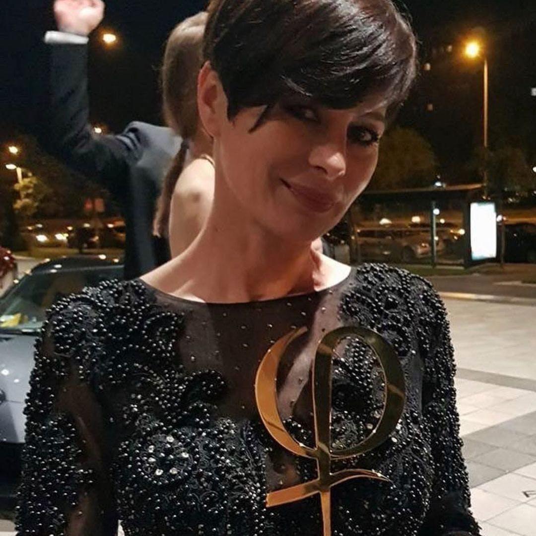Zlata with award