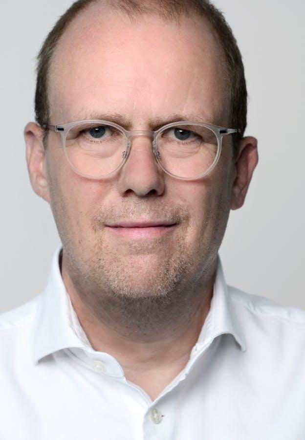 Dr. Dirk Kall, Geschäftsführer