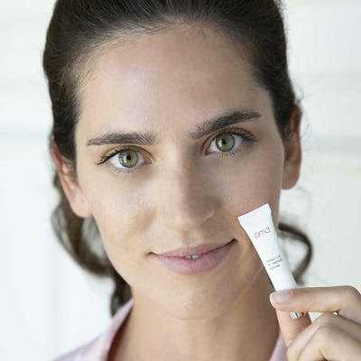 Woman with Smart Lip Plumping Serum