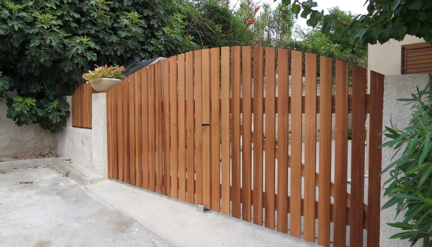portail en bois
