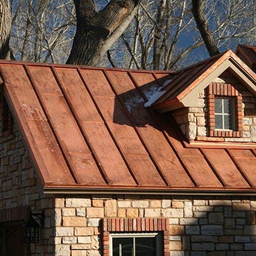 Quel matériau de toiture choisir ? Nos 5 idées inspirantes