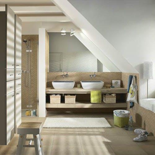 Comment aménager une salle de bains sous pente ? Nos 5 idées inspirantes