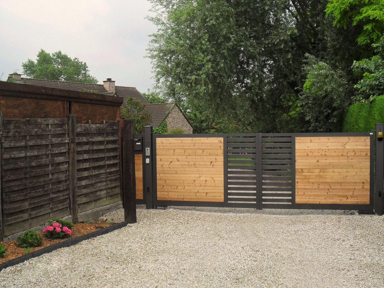 portail en bois moderne