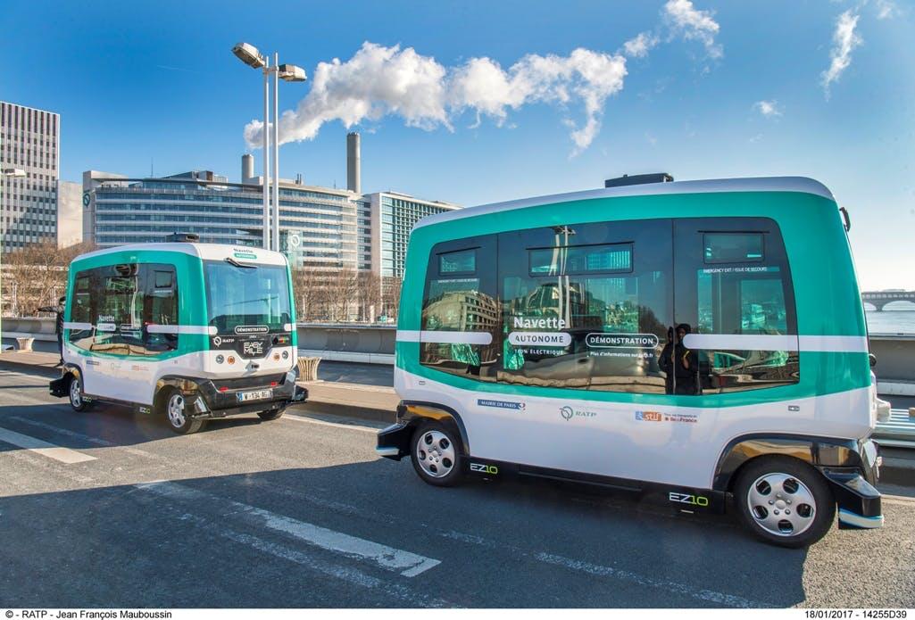 Navettes autonomes en expérimentation sur le pont Charles de Gaulle