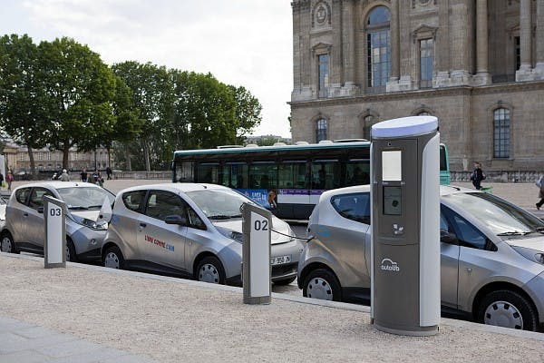 Station autolib, Smart Navigo