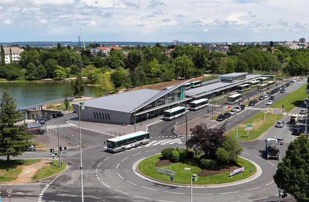 Perspective sur une nouvelle Gare orientée vers l'inter-mobilité