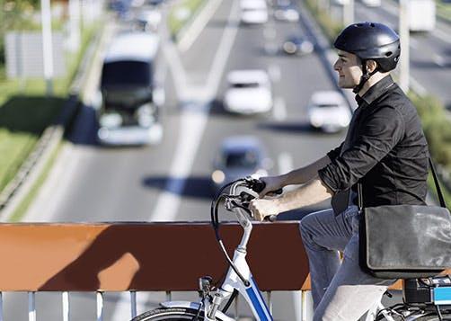 Comment bénéficier du bonus pour l'achat d'un vélo électrique? LCL Banque et Assurance