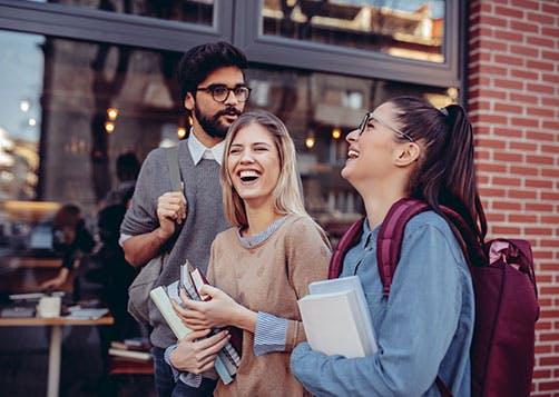 Étudier à l'étranger : bien préparer son départ LCL Banque et Assurance