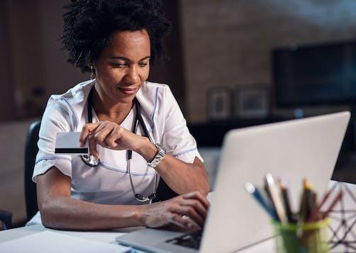 Téléconsultation: comment prendre RDV avec un médecin?
