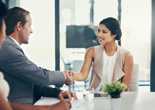 Contrat de franchise : les questions à se poser avant de signer
