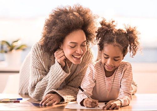 Obtenir des aides pour un jeune enfant : LCL Banque et Assurance