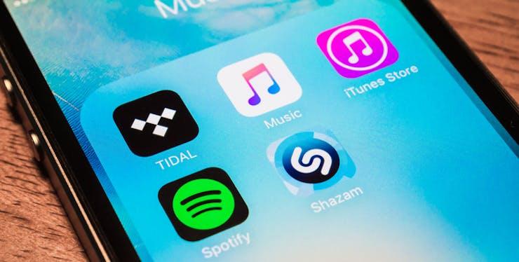 Aplicativo de música - celular com principais ícones de aplicativos