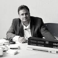 Allan Caldas, especialista em Telecomunicações do Portal de Planos