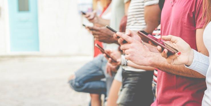 Dispositivos móveis: pessoas usam tecnologias diferentes