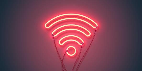 Luz neon com SKY Internet WiFi.