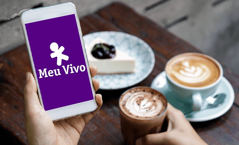 Imagem Celular com App Meu Vivo