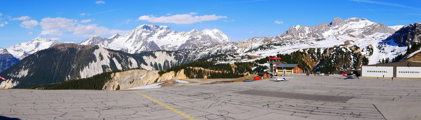 Courchevel airport and private jet flights