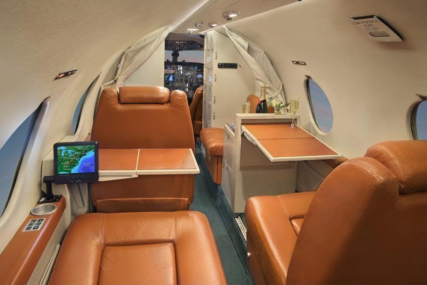 Falcon-10-100-PrivateFly-AA9950